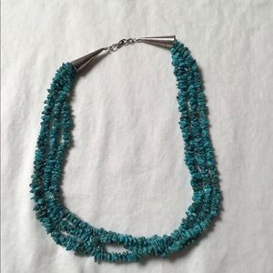 Jewelry - Turquoise point necklace. Sterling Silver stamped